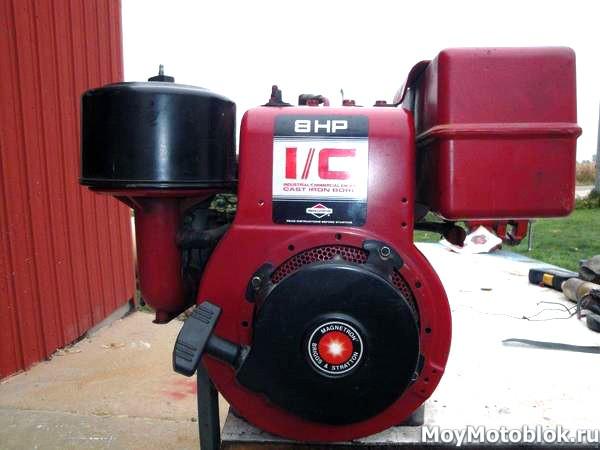 Двигатель Briggs & Stratton I/C 195400 (8 л. с.) красный