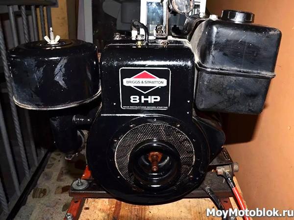 Двигатель Briggs & Stratton I/C 195400 на генераторе