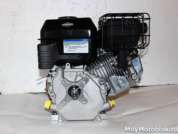 Двигатель Briggs & Stratton I/C 6.5: сзади