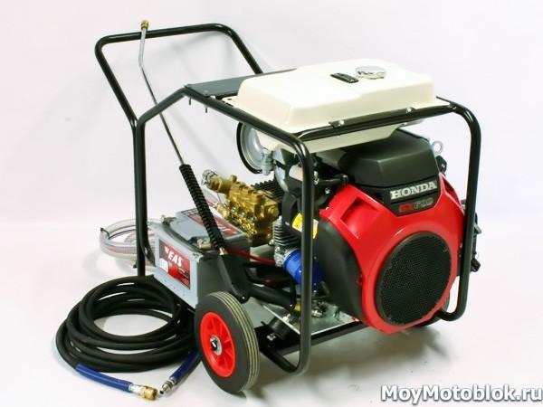 Мотор Honda GX-690 на мойке высокого давления