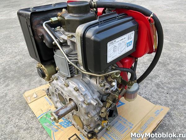 Мотор Robin Subaru DY27D: вид сзади