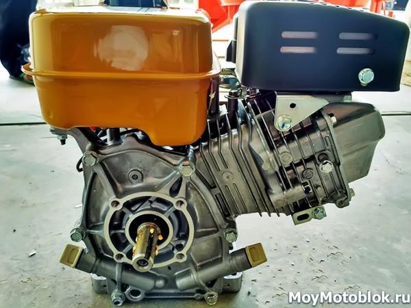 Двигатель Robin Subaru EX-21 желтый: вал