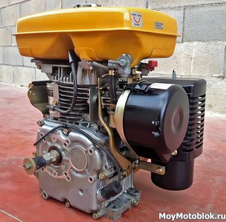 Двигатель Robin Subaru EY28 сбоку