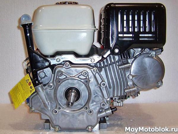 Двигатель Honda iGX440 сзади