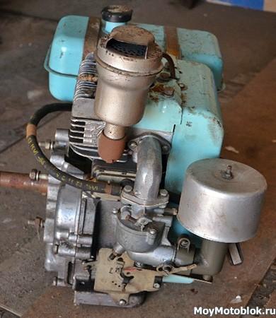 Двигатель Кадви ДМ-1 сбоку