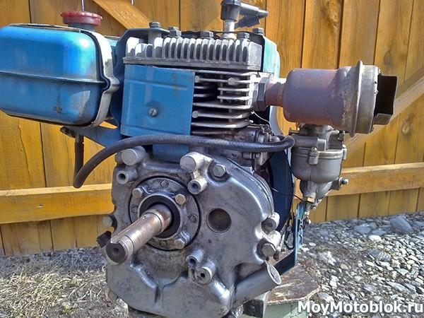 Двигатель ДМ-1Д сзади