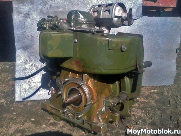 Двигатель УД-15 (УД15) сзади